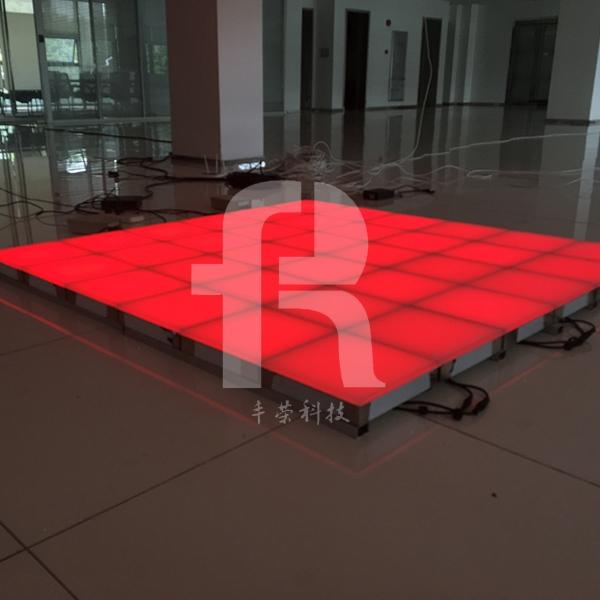 led地砖灯的效果需要灯光设计师进行调控吗