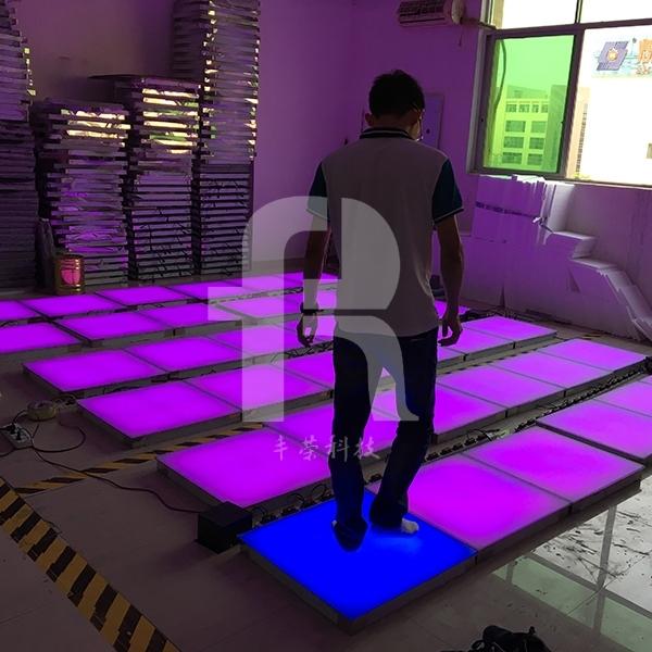 感应地砖灯有怎样的特点以及安装注意事项