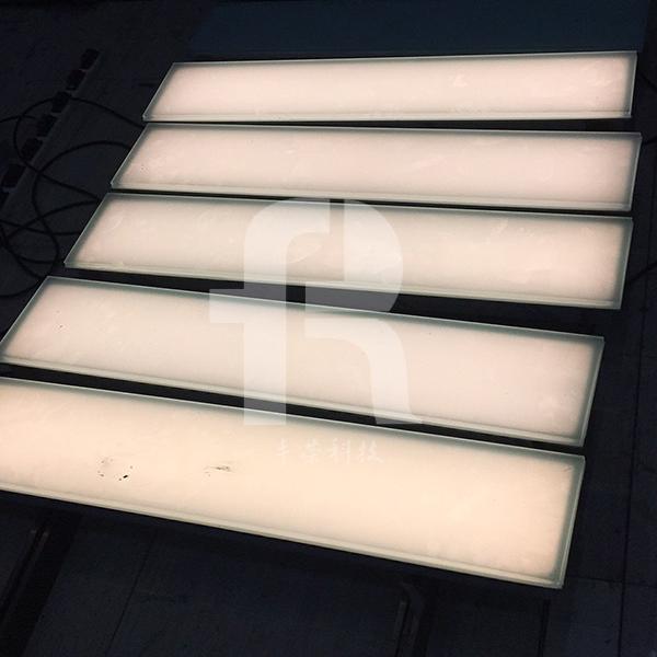 有什么因素影响led地砖灯的使用寿命