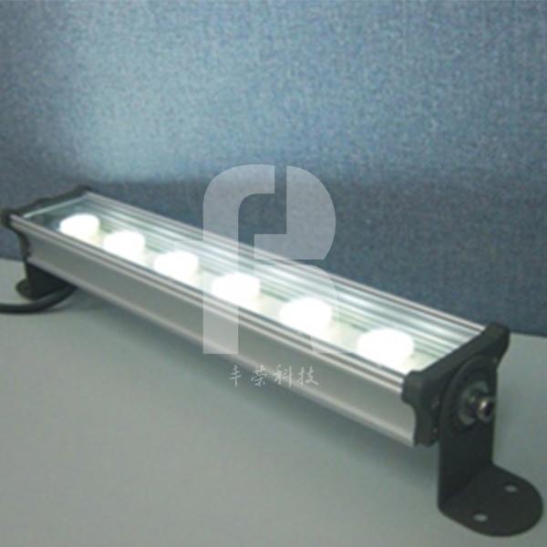 地砖灯厂家的洗墙灯布置后会受到热度干扰而渗水