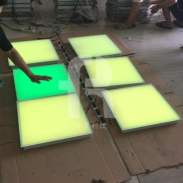 浅述led地砖灯厂家的亮化灯具的发展形势
