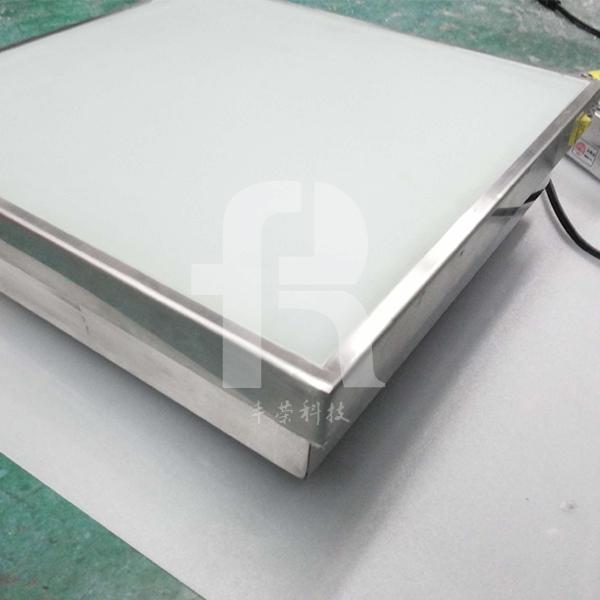 led地砖灯采用小型精密不锈钢外壳