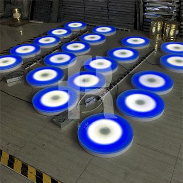 感应地砖灯pcb线路板采用波峰焊工艺,具有绿油隔氧层
