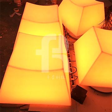 感应地砖灯是一种新式的led节能灯